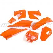 Kit carrosserie STR8 8 pièces Derbi DRD / Senda 00 à 08 orange